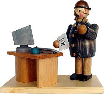 Computerfreak mit dunkler Jacke, Räuchermann