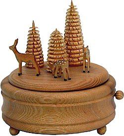 Spieldose Rehgruppe mit Bäumen