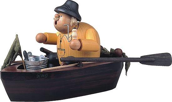 Kantenhocker Angler im Boot