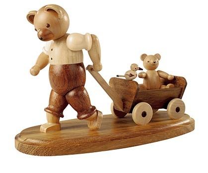 Bärenvater mit Kind auf Bollerwagen klein, natur