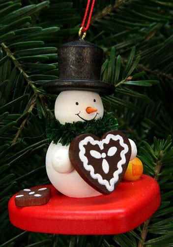 Baumbehang Schneemann auf Herz