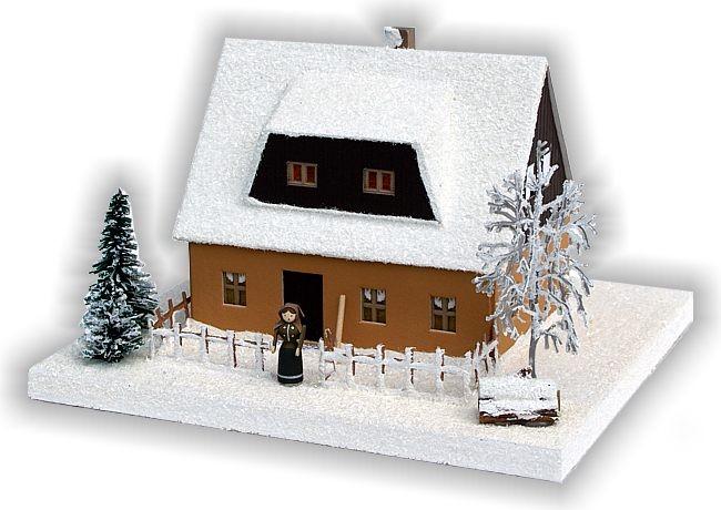 Erzgebirgshaus in ocker