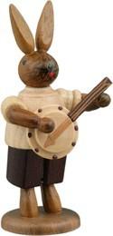 Hasenmusikant mit Banjo / natur