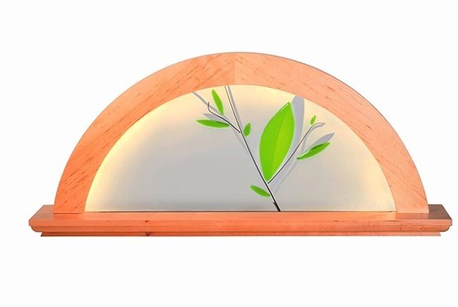 moderner LED Lichterbogen, Erle natur, mit Glashintergrund