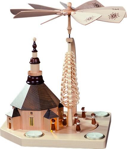 Pyramide Seiffener Kirche mit Kurrendezug, natur