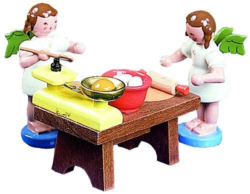 B�ckertisch mit 2 Engeln