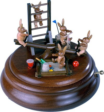 Motivplattform für elektr. Spieldosen Hasenspielplatz mit beweglicher Wippe