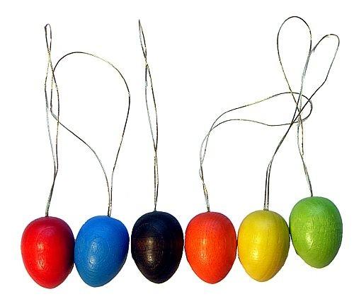 Ostereier farbig gebeizt - aus Holz