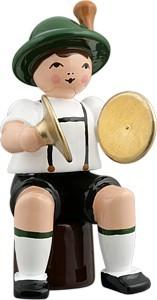 Bayernmusikant mit Becken