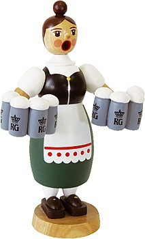 Räucherfrau Helga mit Maßkrügen