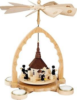 Teelichtpyramide Seiffener Kirche mit Kurrende
