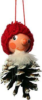 Zapfenmännchen mit roter Mütze