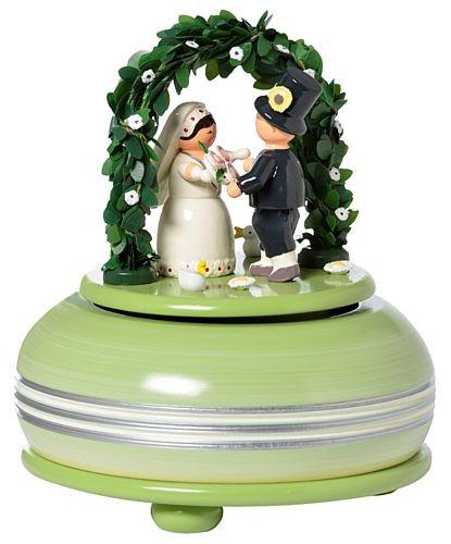 Spieldose mit Brautpaar